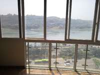 春江盛景三室两厅两卫,精装修一线江景房,仅售105万