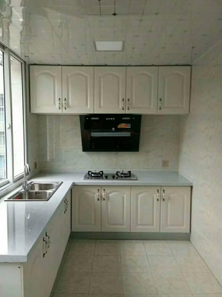 出售中山街3室2厅1卫102平米73.8万住宅