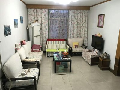 出售130平米精装大三房带露台单价5000多