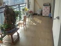东方时代广场 旁鑫嘉园 现代装修 超大客厅 大阳台
