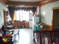 柳家街1号 距水东门大门仅百米 有电梯 带家具 带楼顶