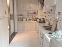 单价8500买地中海精装三室 家具家电齐全 可按揭 看房方便