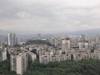 丽雅龙城望金沙江,望整个城区,南岸