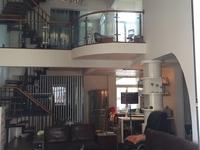 南岸西区 繁华地段 跃层豪华装修 5室 拎包入住 保养好