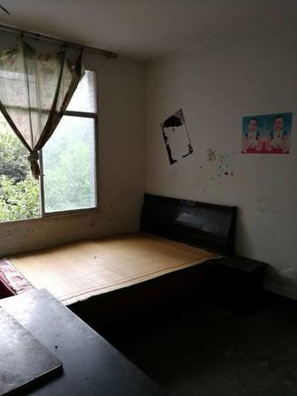 出售如意苑3室2厅1卫81平米52万住宅