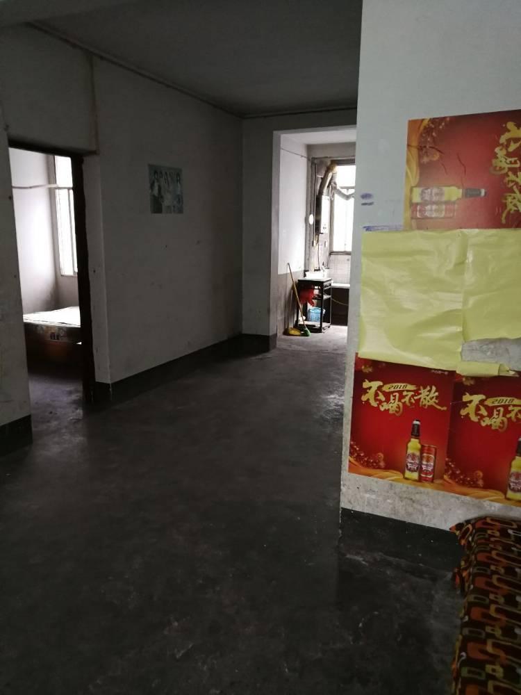 出售如意苑3室2厅1卫81平米58万住宅