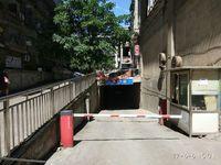 老城区西城黄金地下车库整层超低价出售