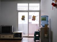 财政局宿舍,家具家电齐,有三台空调,无物管费中介费