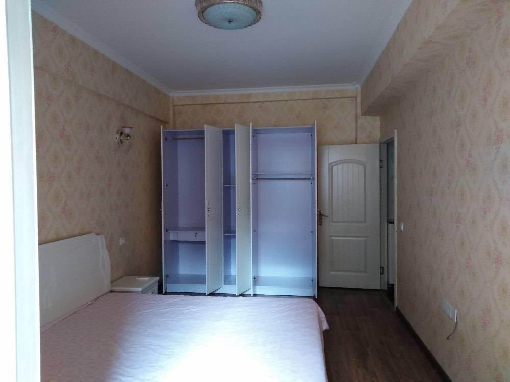 出租东街2室2厅1卫75平米1900元/月住宅