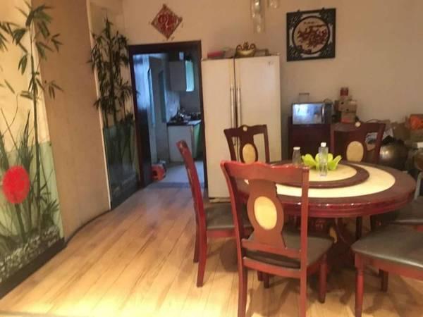 出售其他小区5室3厅3卫220平米38.8万住宅