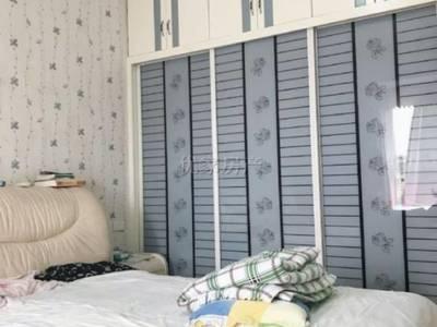 出售万川国际3室2厅2卫120平米69.8万住宅