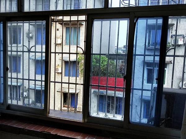 出租中心路2室1厅1卫50平米850元/月住宅