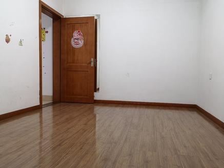 宜都天成小区,两室两厅,多层框架,经典4楼.