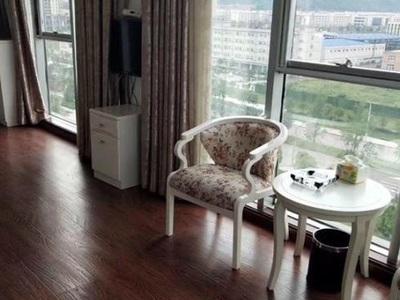 首付14萬房源不多抓緊行動臨港大學旁精裝公寓