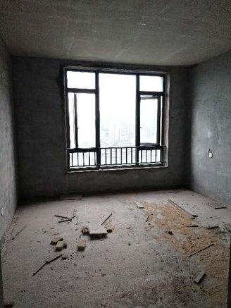 丽雅大院别墅,每层都看江5.8米挑高客厅