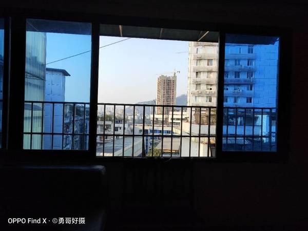出售其他小区3室2厅2卫147.19平米面议住宅