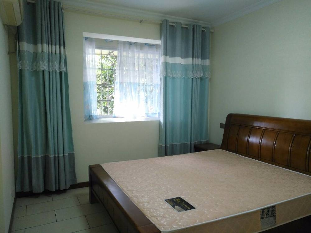 出租山水庭院2室2厅1卫118平米2400元/月住宅
