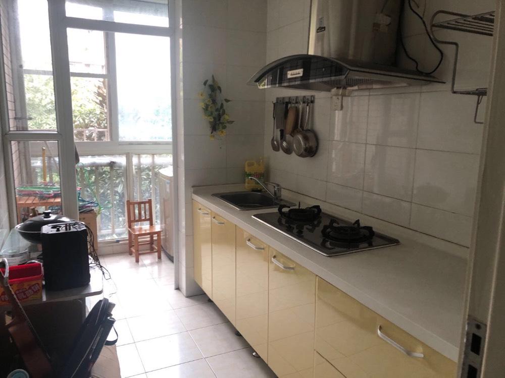 出租山水庭院2室1厅1卫94平米2500元/月住宅