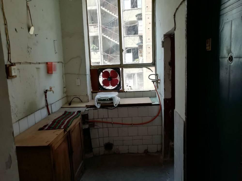 出租老城区 武庙街 1室1厅1卫40平米600元/月住宅