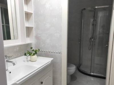 宜宾紫金广场 现房现房单身公寓 买了可收租 首付10万一手合同