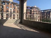 丽雅大院156户型有车位,正中庭位置