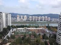 锦绣龙城3连跃层,带双车位,6个房间