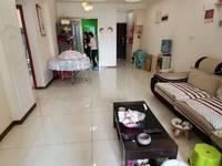 出售成中 拉菲2室2厅1卫81.5平米65万住宅