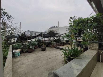 出售鑫领寓5室3厅2卫177.5平米225万住宅