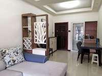 临港翰林府邸三室两厅一卫,精装修,品牌家电齐全,自住房首次出租