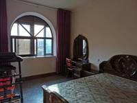 出租其他小区2室1厅1卫79平米1450元/月住宅