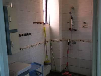出租龙凤苑3室2厅2卫127平米2200元/月住宅