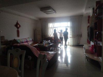 出售吉祥名都3室2厅2卫118平米83.8万住宅