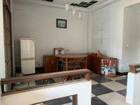出租中心路3室2廳2衛139.8平米1800元/月住宅