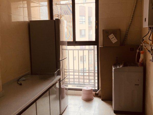 出售成中 拉菲2室2厅1卫65.52平米55.8万住宅
