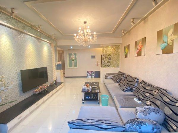 出售宜都崇文3室2厅2卫132平米107.8万住宅