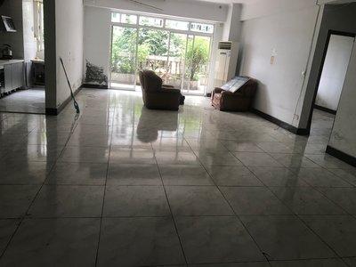 出租光復大廈2室2廳2衛150平米3500元/月住宅