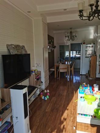 出售邦泰临港国际3室2厅1卫89平米93万住宅