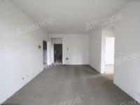 青年城中间楼层清水两室急卖 楼层适中首付仅需20万